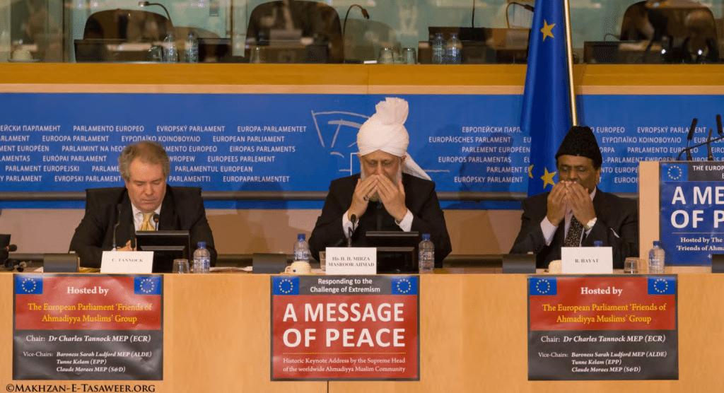 Kalifi-i-muslimaneve-ahmediane-ne-parlamentin-europian3