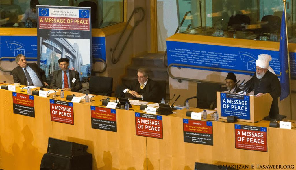 Kalifi-i-xhematit-musliman-ahmedia-Mirza-Masroor-Ahmad-duke-mbajtur-fjalimin-e-tij-ne-parlamentit-europian
