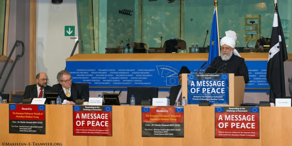 Kalifi-i-xhematit-musliman-ahmedia-Mirza-Masroor-Ahmad-duke-mbajtur-fjalimin-ne-parlamentit-europian