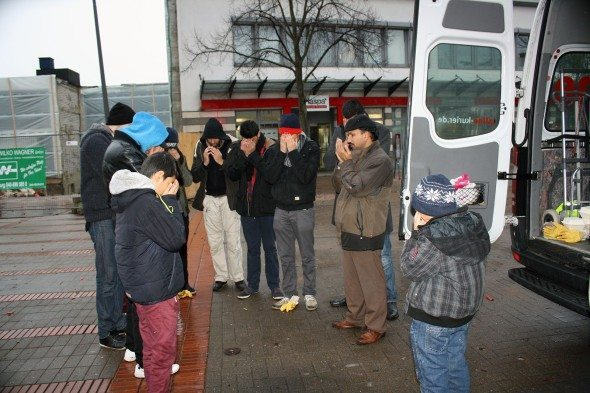 putzaktion-neujahr-hamburg-wandsbek-024-pu1-590x393