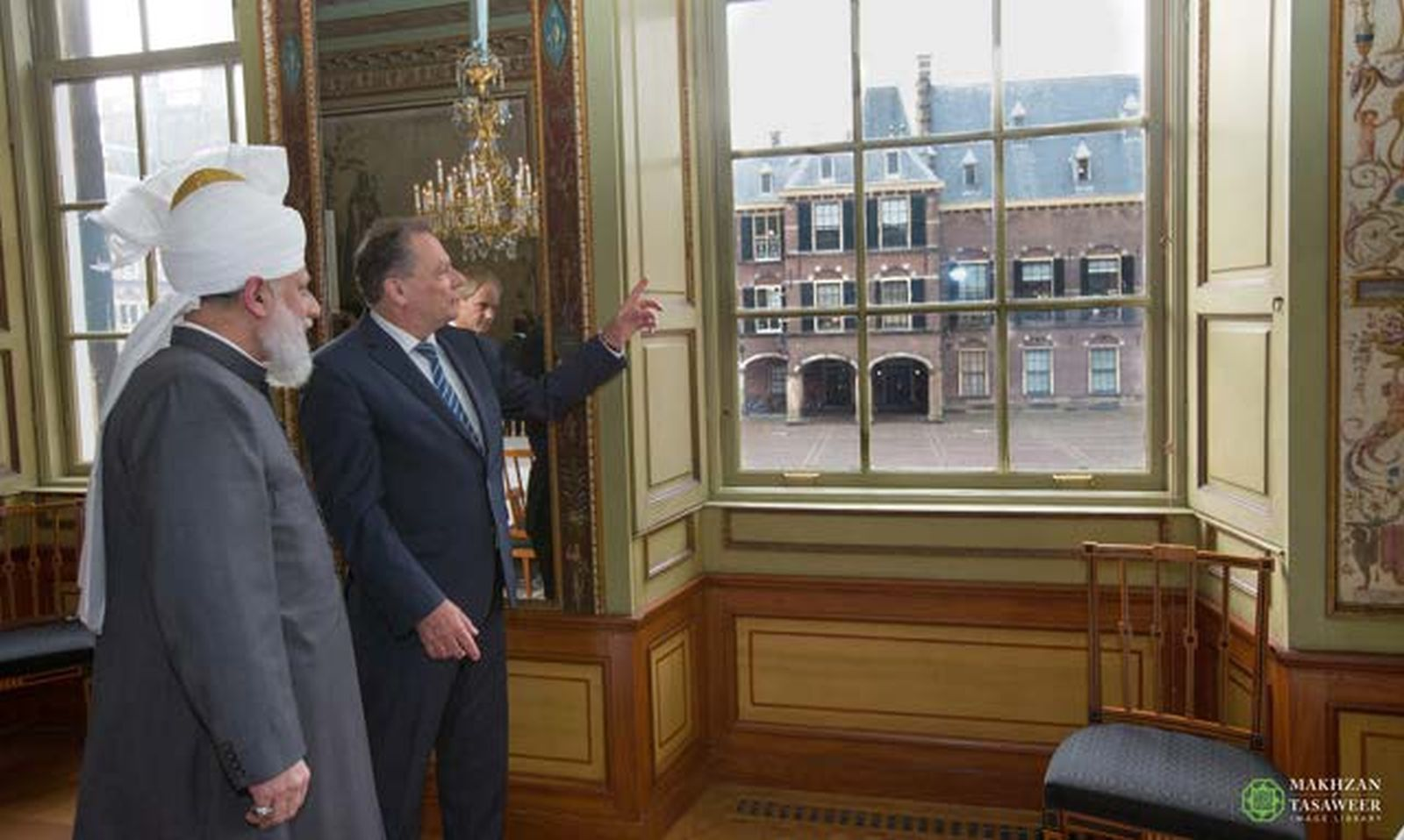 2015-10-06-NLD-Hage-parlamenti-i-holandes-012