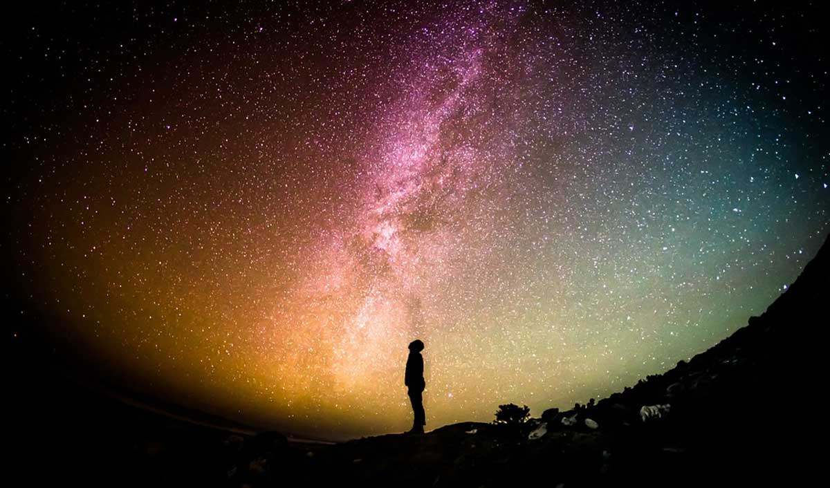 shkenca gjithesia universi njeriu