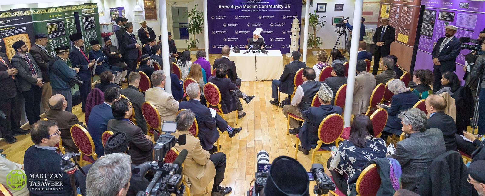 Peace Symposium u Londonu 2017., Hazreti Mirza Masroor Ahmad, Peti Kalif Obećanog Mesije
