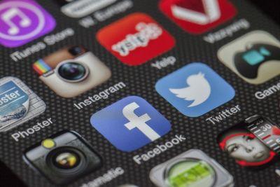 mobitel - facebook - Twitter - Instagram