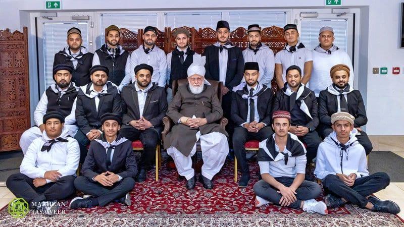 Ислам Ахмадия ыйман дин ибадат сыйынуу халифат халифа Германия намаз жаназа