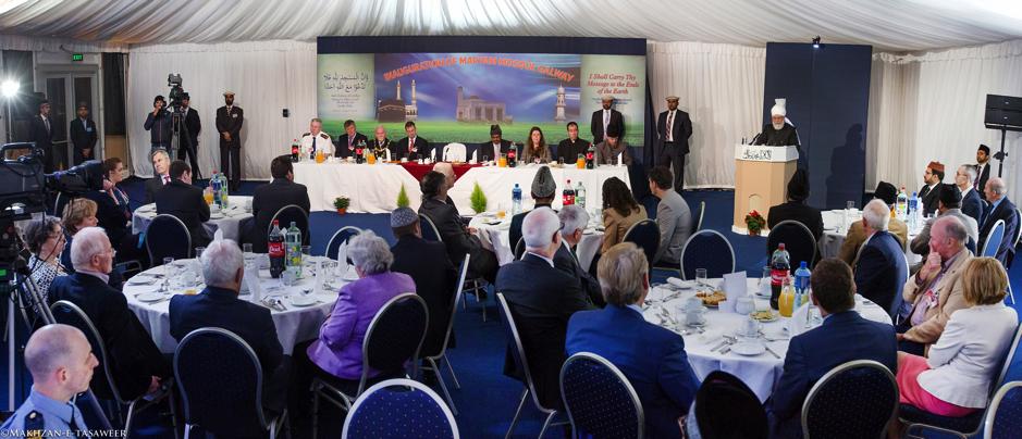 2014-09-26-IR-Galway-Mosque-Reception-004